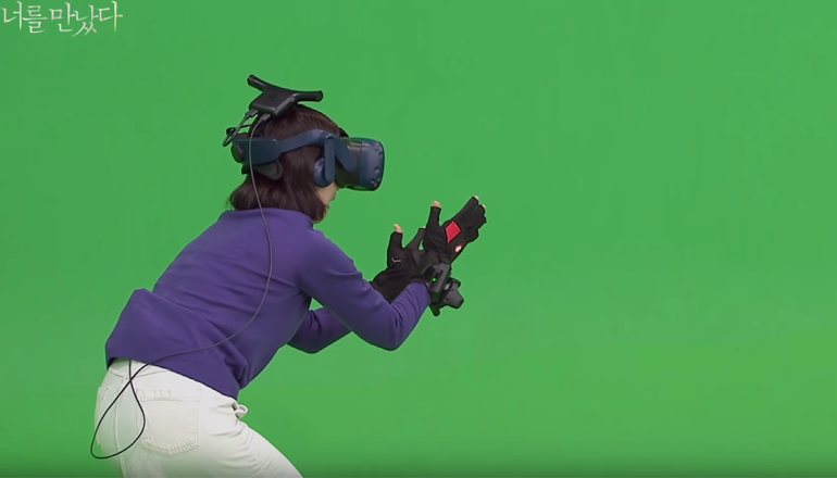 A mother reaunties with deceased daughter in virtual realty with Noitom VR gloves and Vive.